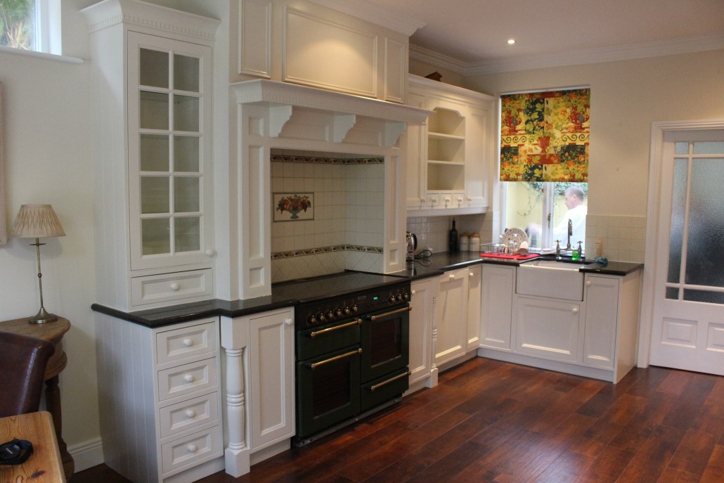 hand-painted-kitchen